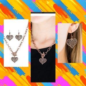 NWT Filigree copper heart necklace set